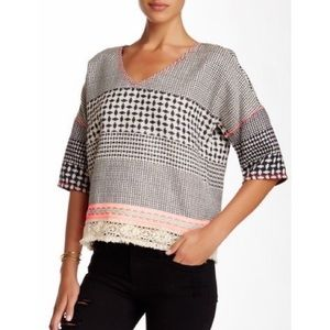 Gypsy05 barre jacquard boxed blouse